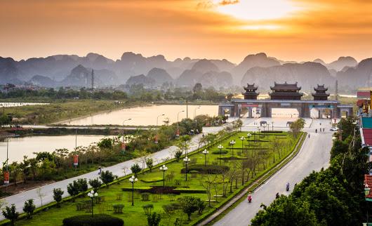 Cổng chào Tràng An - Ninh Bình